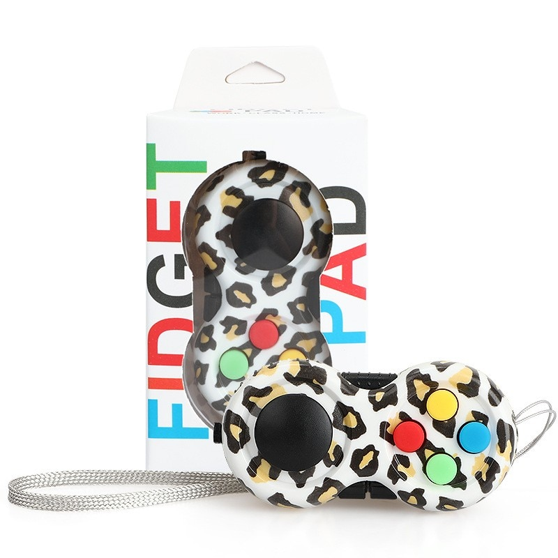 Leopard-Fidget-Pad-Controller-8-Features-for-Stress-Relief